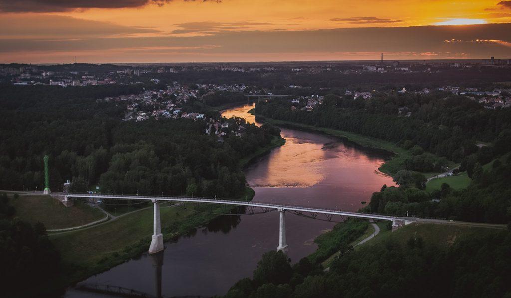 Alytus Baltosios rožės tiltas